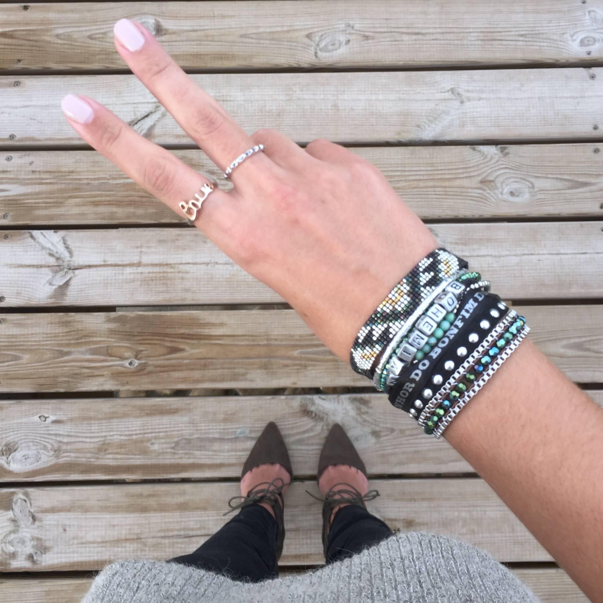 bracelet-hipanema-accessoire-style-de-votre-beachwear