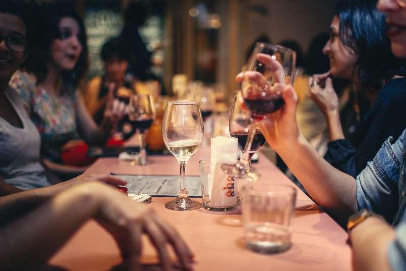 adult-bar-blur
