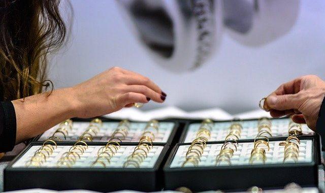 Quand quelle bijouterie à Lyon acheter ses bijoux de mariage ?